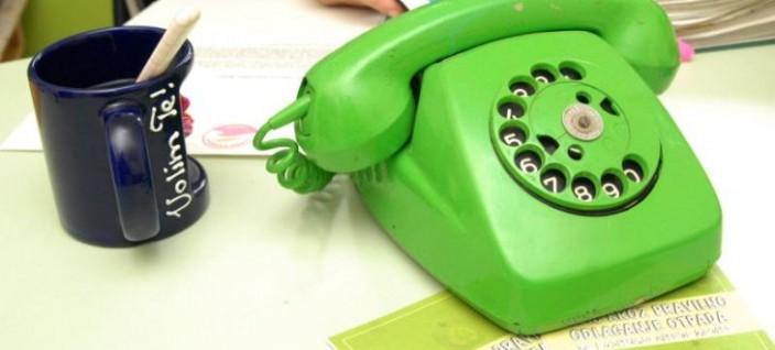 zeleni-telefon-704x318